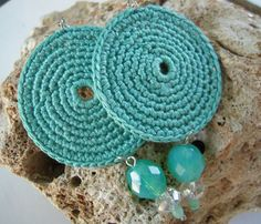 Earrings crochet hook Aqua blue Circle hook of ritaaccessories, € - Jewelry Thread Crochet, Love Crochet, Diy Crochet, Crochet Flowers, Crochet Stitches, Crochet Hooks, Tutorial Crochet, Crochet Jewelry Patterns, Crochet Earrings Pattern
