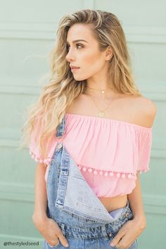 Forever 21 Contemporary - A woven crop top featuring an off-the-shoulder design and a flounce layer with a pom pom trim creating short sleeves. Forever 21 Outfits, Pom Pom Tops, Cool Outfits, Casual Outfits, Simple Outfits, Overalls Outfit, Color Rosa, Off The Shoulder, Shoulder Tops