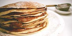 Buttermilk Pancakes Recipe - makes about enough for 4 - used only 1 cup of flour and a little less baking powder for thinner, chewer pancakes. Use original measurements for fluffier, lighter pancakes Best Brunch Recipes, Breakfast Recipes, Favorite Recipes, Breakfast Ideas, Crepe Recipe Food Network, Food Network Recipes, Breakfast Waffles, Pancakes And Waffles, Crepes