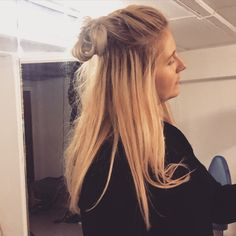 Half up half down - braided top - messy bun - blond ling hair