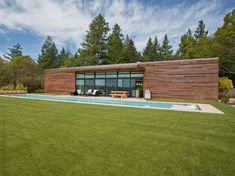 LEED Platinum certified home - West Side Road House by Dowling Studios completed in 2009. 2,240 sq' in Healdsburg, Sonoma County, California. 4 bedroom, 2.5 bathroom sits on 22 acres
