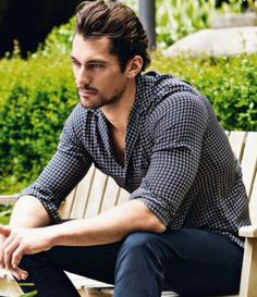 David Gandy Hola! Mag Juli 2013 Looking as good in a shirt and jeans as in a suit, Attitude! Being David Gandy helps too