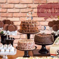 3 bolos para comemorar cada ano de vida do lindo Heitor!