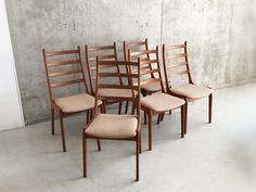 Set of Six Mid Century Beech Frame Chairs with Original Upholstery Mid Century Chair, Mid Century Furniture, Retro Furniture, Antique Furniture, Outdoor Chairs, Outdoor Furniture, Outdoor Decor, Dining Room Chairs, Armchair