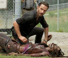 michonne walking dead season 4  | The-Walking-Dead-Season-4-Michonne-Dead