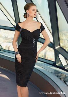 Deluxe Kleid Schwarz 309euro  www.modekarusell.eu