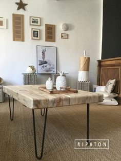 Diy Table, Wood Table, Furniture Making, Diy Furniture, Living Room Decor, Living Spaces, Reclaimed Furniture, Minimalist Home, Home Projects