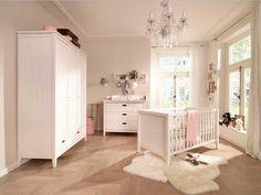 Babyzimmer Weiss Landhausstil Mit Kiefernholz Babymöbel Installation Für  Babyzimmer Jungen Ideen