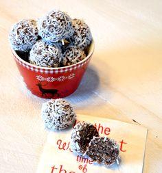 Traditional Newfoundland No-Bake Snowballs