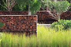 Working beside Landscape Designer and TOC Contributor, Christopher Owen at last years Australian Garden Show Sydney, I had the pleasure of witnessing his show garden 'Tread Lightly' tra…