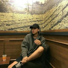 Pict of ulzzang boy. Cute Asian Guys, Cute Korean Boys, Asian Boys, Cute Guys, Korean Boys Ulzzang, Ulzzang Boy, Cute Baby Girl Pictures, Boyfriend Photos, Girl Photography Poses