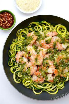 Pesto Zucchini Noodles with Shrimp | recipe via justataste.com #healthy