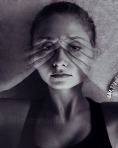 Fine Art Photography. SchwarzweißFoto. Weibliche von AylilAntoniu, $17.00