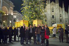 Ecco sotto l'albero, il nostro Staff al completo. Da parte nostra i migliori auguri di un Felice e Sereno Natale. #IlluminaMi