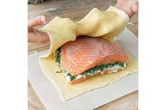 How to make salmon en croûte Salmon Recipes, Fish Recipes, Seafood Recipes, Great Recipes, Cooking Recipes, Recipes Dinner, Salmon Dishes, Fish Dishes, Seafood Dishes