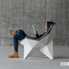 Modern Chair Based on Geodesic Dome Surface – Lounge Chair - The Great Inspiration for Your Building Design - Home, Building, Furniture and Interior Design Ideas Design Studio, Deco Design, Design Art, Unique Furniture, Furniture Design, Buffets Furniture, Building Furniture, Design Lounge, Geodesic Dome