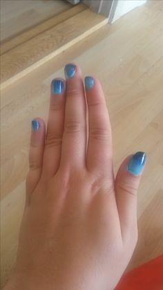 Blue Gradint Nails