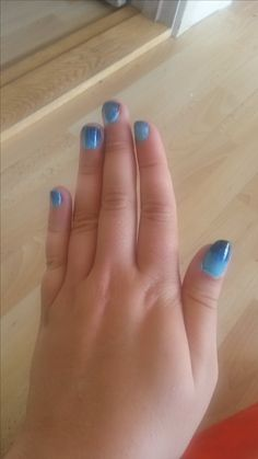 Blue Gradint Nails