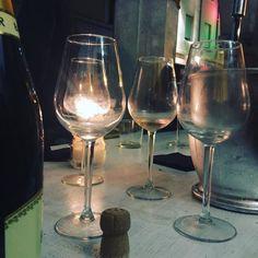 Festeggiando la Cami  (non io) #lecamille . . . #TastingWine #Wineo #Wine #WineAndDine #Vinostagram #Cibo #CiboSano #CiboItaliano #Fooddiary #FoodJournal #MyFoodPorn #FillingFood #Foody #Foodinsta #Foodism #Foodgram #Foodshot #BloggerItalia #Bloglovin #BloggerGirl #FoodBloggerItaliani #FoodBlogging #Foodblogfeed