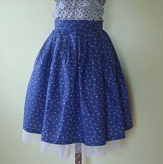 emmilly / Sukňa modrotlač Waist Skirt, High Waisted Skirt, My Style, Skirts, Search, Fashion, Moda, High Waist Skirt, Skirt