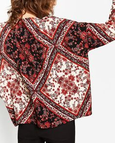Image 5 of PRINTED TOP from Zara