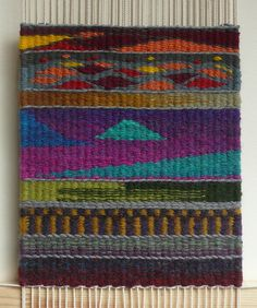 first tapestry sampler trying different techniques. I used books by Kirsten Glasbrook and Nancy Harvey (both titled 'Tapestry Weaving') and the OCA Textiles 1 course manual decorativos ideas arbol Navajo Weaving, Weaving Art, Loom Weaving, Hand Weaving, Bead Loom Patterns, Weaving Patterns, Tapestry Loom, Small Tapestry, Peg Loom