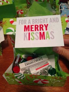 Cute teacher/daycare provider Christmas gift! #rodanandfieldsarizona #merrykissmas https://brittanybalog.myrandf.com/