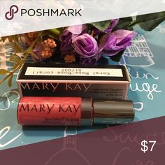 🌹MK Coral Rose Lip Gloss🌹 🌹Mary Kay Coral Rose Lip Gloss🌹 Mary Kay Makeup Lip Balm & Gloss