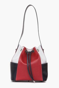 Geanta de zi din piele naturala P072-T -  Ama Fashion Bucket Bags, Bago, Hammock, Passion, Women's Fashion, Purses, Awesome, Leather, Scrappy Quilts