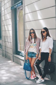 Denim Skirt, Style Inspiration, Lifestyle, Outfits, My Style, Instagram, Skirts, Colonial, Trends