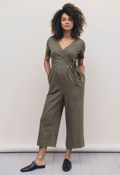 77b4959913b33 18 Great Mind The Bump images | Maternity clothes online, Maternity ...