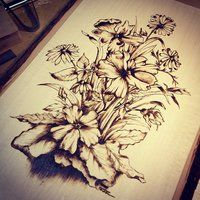 Welcome to Office Furniture, in this moment I'm going to teach you about wood Burning Flowers Tattoo Ideas Wood Burning Tool, Wood Burning Crafts, Wood Burning Patterns, Wood Crafts, Pyrography Designs, Pyrography Patterns, Burning Flowers, Wood Burn Designs, Glass Engraving