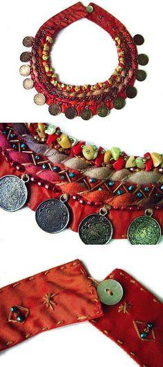 Use fabric scraps Textile Jewelry, Fabric Jewelry, Boho Jewelry, Jewelry Crafts, Jewelry Art, Beaded Jewelry, Jewelery, Jewelry Design, Handmade Crafts