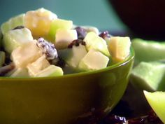 Quick and Creamy Fruit Salad Recipe : Sunny Anderson : Food Network Magazine, September 2012 Fruit Salad Ingredients, Creamy Fruit Salads, Fruit Salad Recipes, Fruit Fast, Healthy Fruits, Healthy Eating, Salad Bar, Soup And Salad, Fruit Salad Pioneer Woman