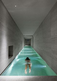 Swimming pools are traditionally built outside but what if you live in harsh weather conditions? We have cool indoor swimming pool ideas for you. Indoor Swimming Pools, Swimming Pool Designs, Swiming Pool, Underground Swimming Pool, Lap Pools, Future House, My House, Interior And Exterior, Interior Design