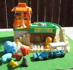 Fisher Price 916 Zoo by Artsefrtse on Etsy, $50.00
