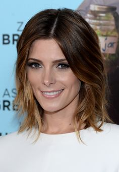 Ashley Greene stunned with lush lashes and a glossy lip on the #redcarpet. // #makeup #beauty