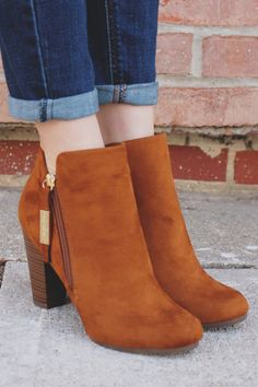Whiskey Round Toe Zipper Accent Ankle Booties gina-31 – UOIOnline.com: Women's Clothing Boutique