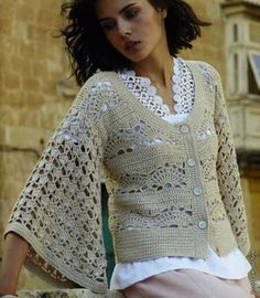 nice! free tutorial! Love those sleeves! http://ideascaramelo.blogspot.com/2012/01/bolero_09.html