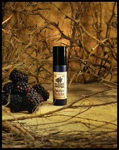 Thornwood Thicket is a blend of blackberry, black agarwood, aloeswood, sweet and smokey guaiacwood and golden amber.  It starts out more powerfully blackberry with a small touch of a grape note, but it doesn't take long for that to tone down and the woods to softly come out.