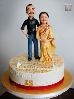 Year 25 Dimple wanted caricatures of her parents Latha and Raju Cyril for their 25th wedding anniversary. She ordered this cake after seeing the excitement of my uncle and aunt when they saw their likeness in a cake. This cake was a surprise and we just got word that the silver couple were mega excited on seeing the cake. As for Cake Canvas, we are happy to continue the tradition of delivering Happiness in a box.