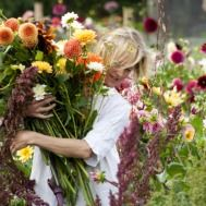 Flowers & Floristry Courses at Perch Hill Growing Flowers, Love Flowers, Fresh Flowers, Wild Flowers, Beautiful Flowers, Beautiful Bouquets, Exotic Flowers, Wedding Flowers, Gardening Courses