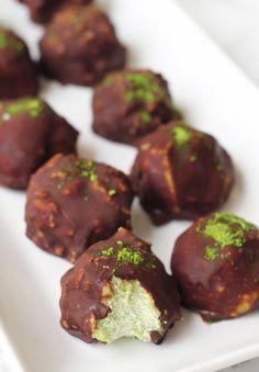 Chocolate Matcha Energy Balls (Paleo, Autoimmune Paleo, Vegan) - Unbound Wellness