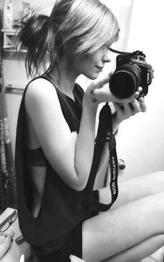 Love love love self portraits of beautiful women taken with Canon cameras.