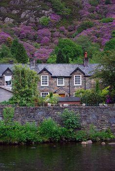 Enchanting Photos  ~~~ Snowdonia, Wales