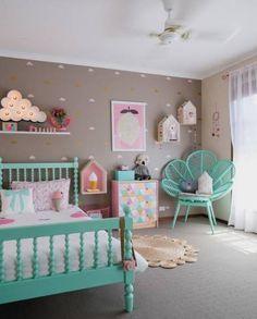 Imagens de quartos de menina com parede bege