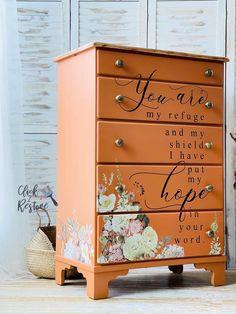 Refinished Bedroom Furniture, Refurbished Dressers, Hand Painted Dressers, Diy Furniture Redo, Hand Painted Furniture, Furniture Projects, Kids Furniture, Painted Chest, Repurposed Furniture