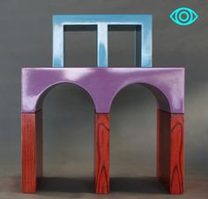 A small display and book case designed by Ettore Sottsass for GIOTTO. Acme Studio, Aldo Rossi, Memphis Milano, Small Bookcase, Bookends, Eye Candy, Display, Mirror, Design