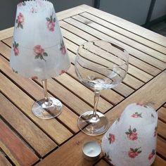 Bremer Deern: Gläser mit Lampenschirm