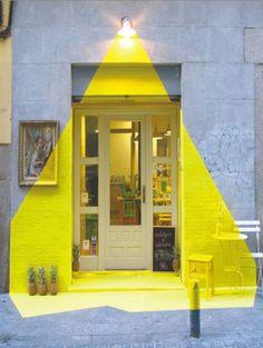 Fachada restaurante Rayen (Madrid). Proyecto de Equipo (fos) | Revista digital Proyecto Contract 102 marzo 2014 #diseño #decoracion #interiorismo